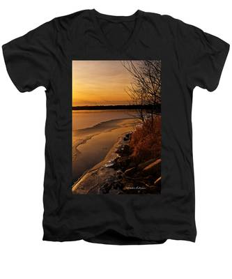 Refreeze Men's V-Neck T-Shirt