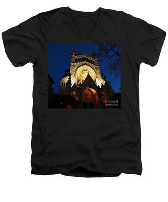 Soller Cathedral Men's V-Neck T-Shirt