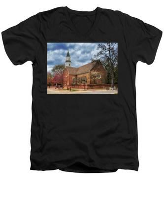 Bruton Parish Church Men's V-Neck T-Shirt