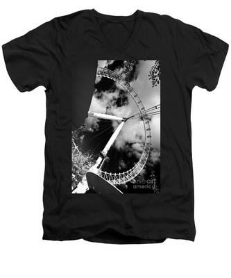 London Ferris Wheel Bw Men's V-Neck T-Shirt
