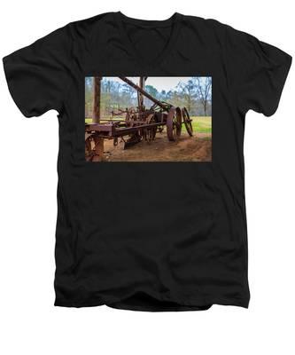 Rusty Farming Men's V-Neck T-Shirt