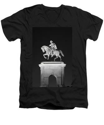 Sam Houston - Black And White Men's V-Neck T-Shirt