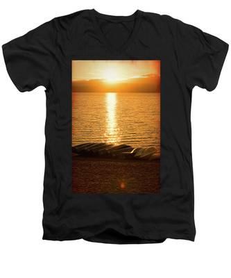 Sunset On Quinault Men's V-Neck T-Shirt