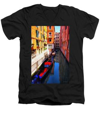 Venetian Canal Men's V-Neck T-Shirt