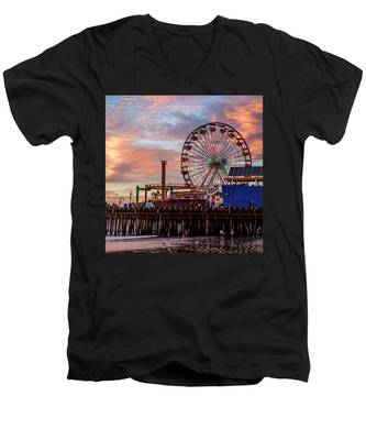 Ferris Wheel On The Pier - Square Men's V-Neck T-Shirt