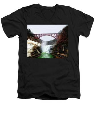 Frletchworth Railroad And Falls Men's V-Neck T-Shirt