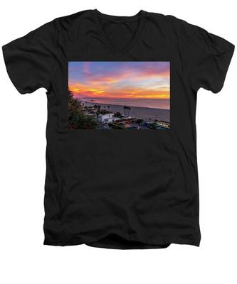 Santa Monica Pier Sunset - 11.1.18  Men's V-Neck T-Shirt