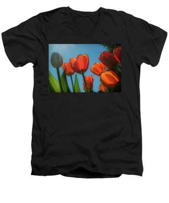 Towering Tulips Men's V-Neck T-Shirt
