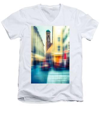 Frauenkirche - Munich V - Vintage Men's V-Neck T-Shirt