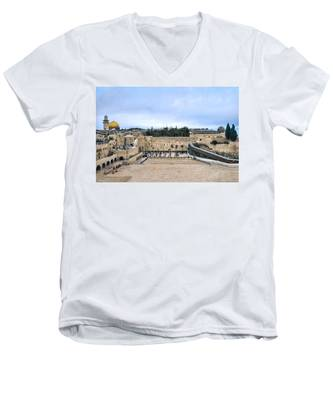 Jerusalem The Western Wall Men's V-Neck T-Shirt