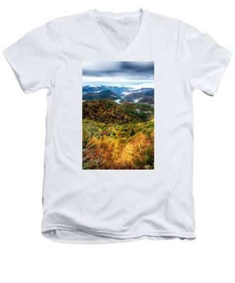 Autumn Foliage On Blue Ridge Parkway Near Maggie Valley North Ca Men's V-Neck T-Shirt