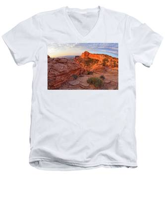 Men's V-Neck T-Shirt featuring the photograph Mesa Arch Overlook At Dawn by Kyle Lee