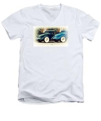 Nice Wheels Men's V-Neck T-Shirt