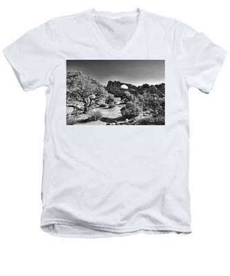 Men's V-Neck T-Shirt featuring the photograph Skyline Arch In Arches National Park by Kyle Lee