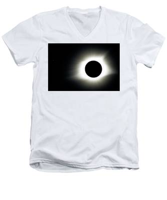 Totality And Mercury Men's V-Neck T-Shirt