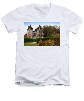 Chateau, Near Beynac, France Men's V-Neck T-Shirt