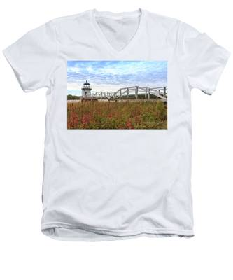 Men's V-Neck T-Shirt featuring the photograph Doubling Point Lighthouse In Maine by Kyle Lee