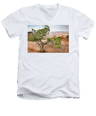 Men's V-Neck T-Shirt featuring the photograph Juniper Over The Canyon by Kyle Lee