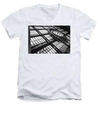 Musee D'orsay Men's V-Neck T-Shirt