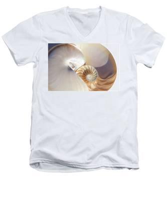 Nautilus 0454 Men's V-Neck T-Shirt