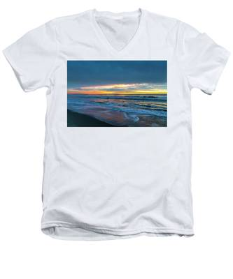 Sunset Fire Over Catalina Island 2 Men's V-Neck T-Shirt