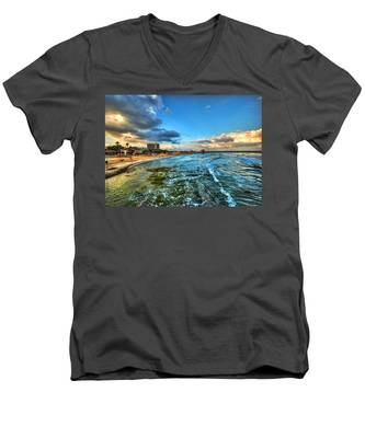 a good morning from Hilton's beach Men's V-Neck T-Shirt