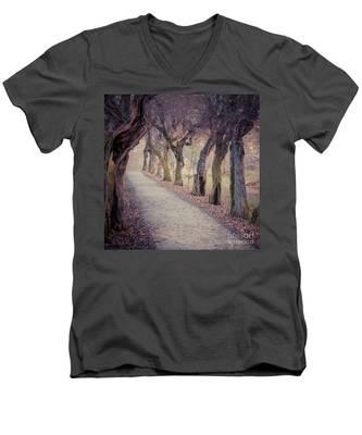 Alley - Square Men's V-Neck T-Shirt