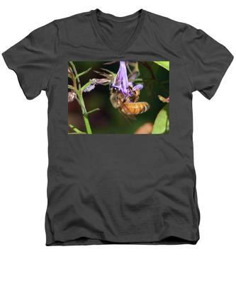 Bee With Flower Men's V-Neck T-Shirt