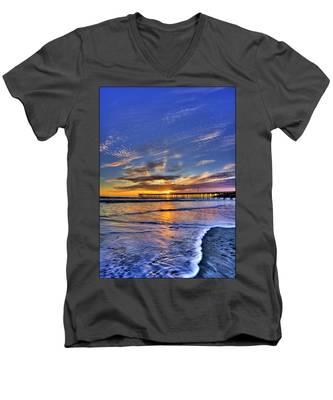 Cayucos Sunset Men's V-Neck T-Shirt