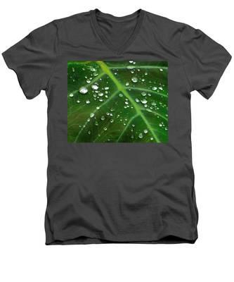 Hanging Droplets Men's V-Neck T-Shirt