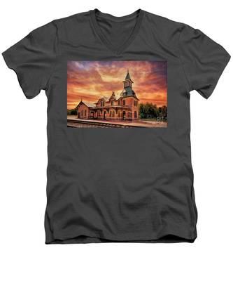 Point Of Rocks Train Station  Men's V-Neck T-Shirt