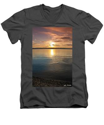 Sunset Over Puget Sound Men's V-Neck T-Shirt
