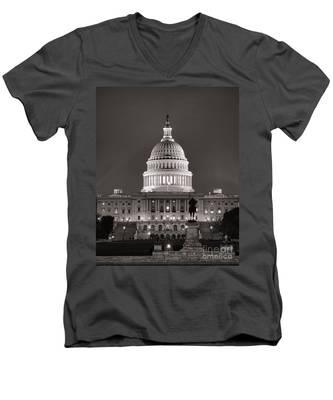 United States Capitol At Night Men's V-Neck T-Shirt
