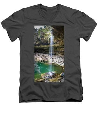 Waterfall At Hamilton Pool Men's V-Neck T-Shirt