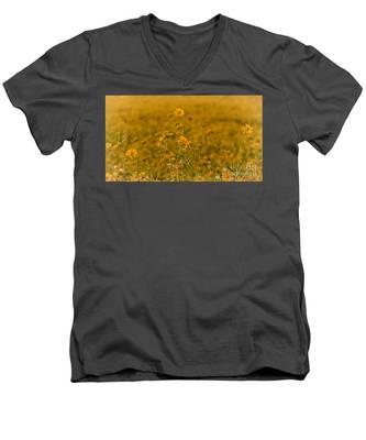 Daisy's Men's V-Neck T-Shirt