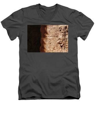 Red Texture Men's V-Neck T-Shirt