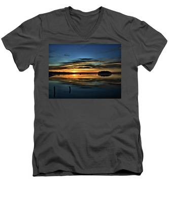 Sunrise Onset Pier Men's V-Neck T-Shirt