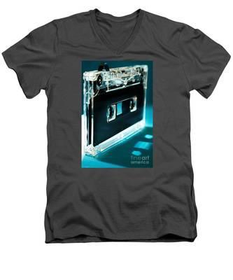 Analog Signal Men's V-Neck T-Shirt