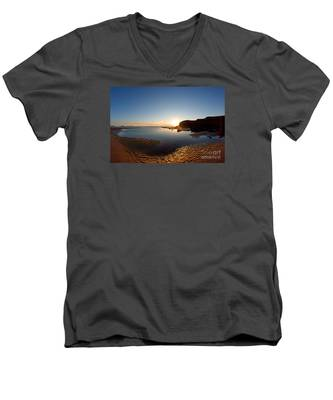 Beach Textures Men's V-Neck T-Shirt