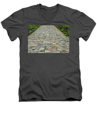 Cobbled Causeway Men's V-Neck T-Shirt