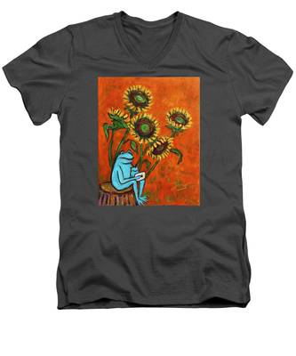 Frog I Padding Amongst Sunflowers Men's V-Neck T-Shirt