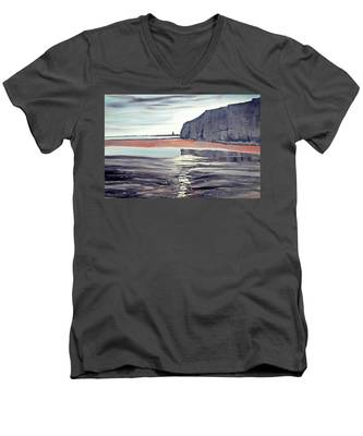 From Dane's Dyke Towards Bridlington Men's V-Neck T-Shirt