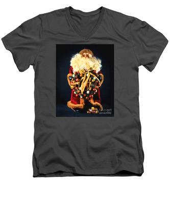 Here Comes Santa Men's V-Neck T-Shirt