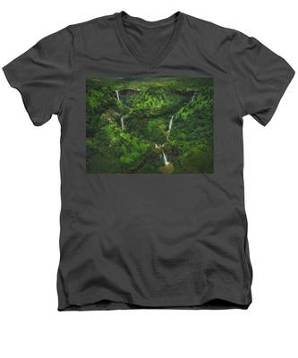 Kahili Falls Aerial Men's V-Neck T-Shirt