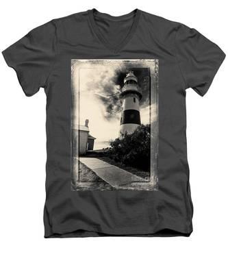 Low Head Lighthouse Men's V-Neck T-Shirt