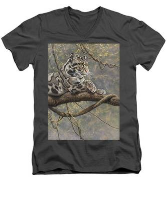 Male Clouded Leopard Men's V-Neck T-Shirt