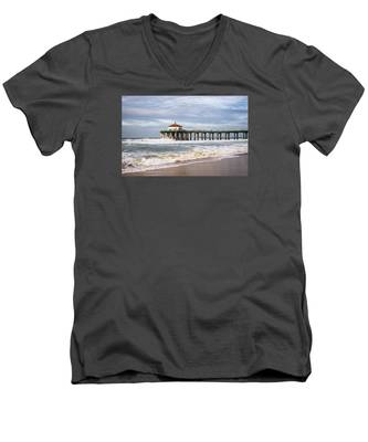 Manhattan Pier With Two Tankers Men's V-Neck T-Shirt
