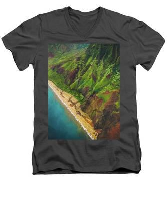 Na Pali Coast Aerial Men's V-Neck T-Shirt