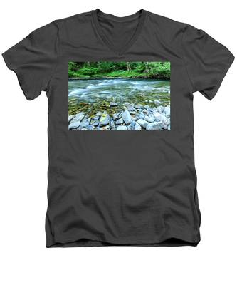Men's V-Neck T-Shirt featuring the photograph Sol Duc River In Summer by Kyle Lee