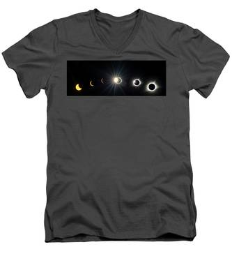 Total Solar Eclipse Sequence Men's V-Neck T-Shirt